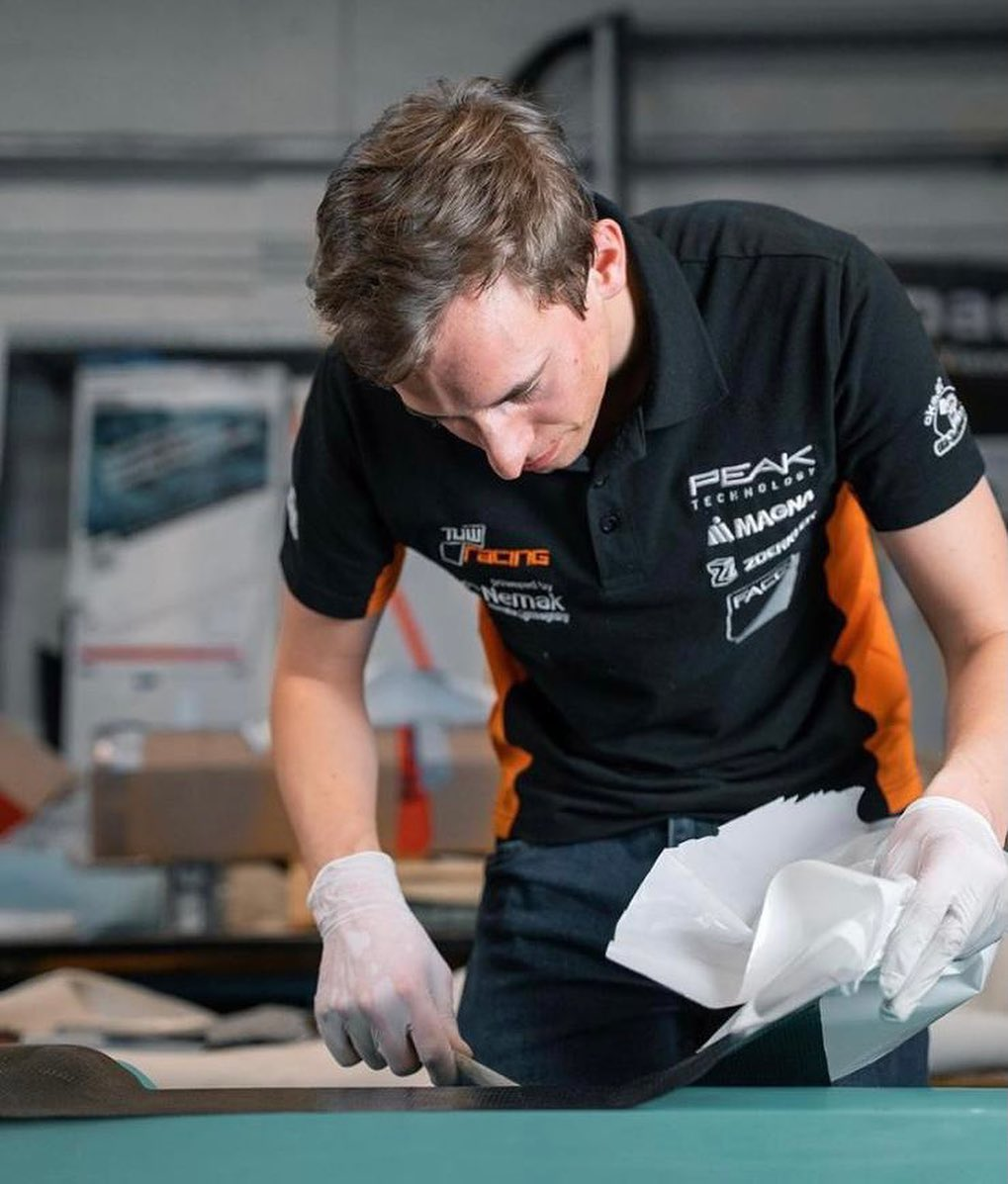 #capteamwear #motorsport #ontrack #formulastudent #formula #tuw #teamwear
