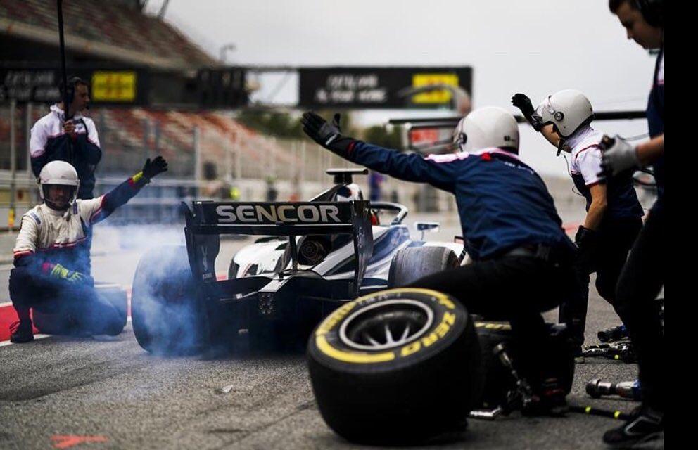 #capteamwear #ontrack#sauberjuniorteam #teamwear #sauber #formula2 #motorsport #racing